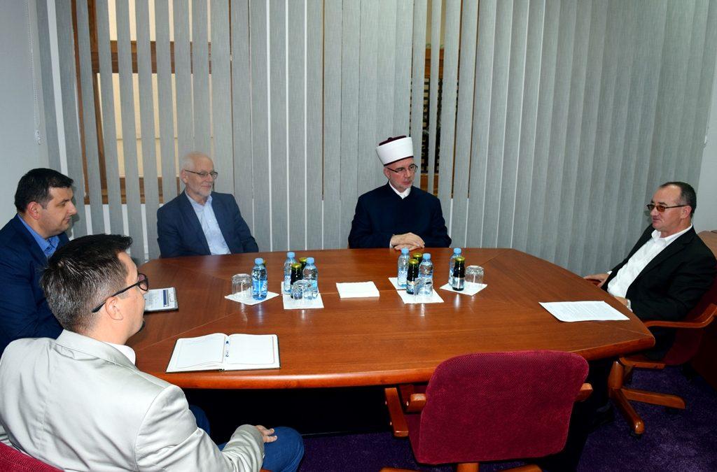 Muftija Fazlović posjetio Institut za društvena i religijska istraživanja u Tuzli