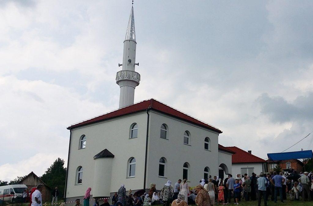 Otvorena džamija u zvorničkom džematu Skočić