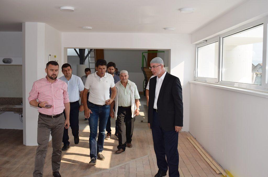 Muftija Fazlović obišao gradilište džamije u Dubnici (MIZ Kalesija)