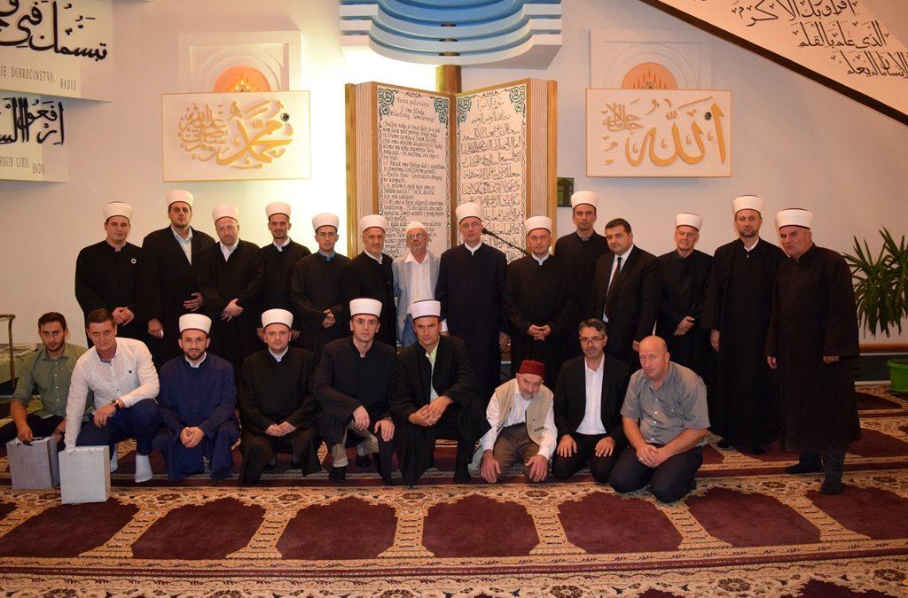 Muftija Fazlović prisustvovao svečanosti u džematu Špionica (MIZ Srebrenik)