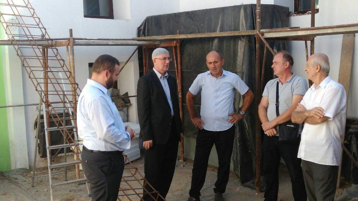 Muftija Fazlović posjetio tuzlanske džamije