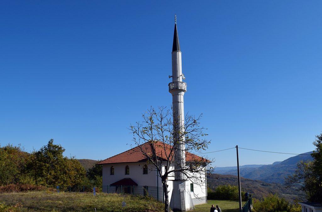 Srebrenica: Obrazovanje djece najveća briga džematlija u Osatu