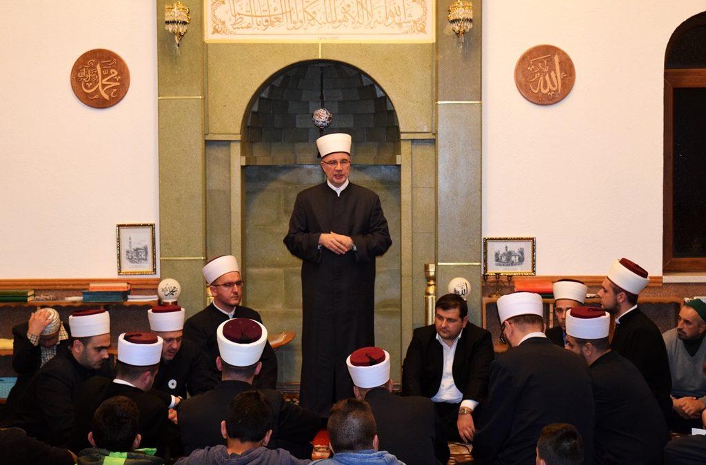 Muftija Fazlović na mevludu u Kladnju