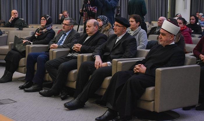 "Tribina ""Deset godina Rezolucije Evropskog parlamenta o genocidu u Srebrenici"""