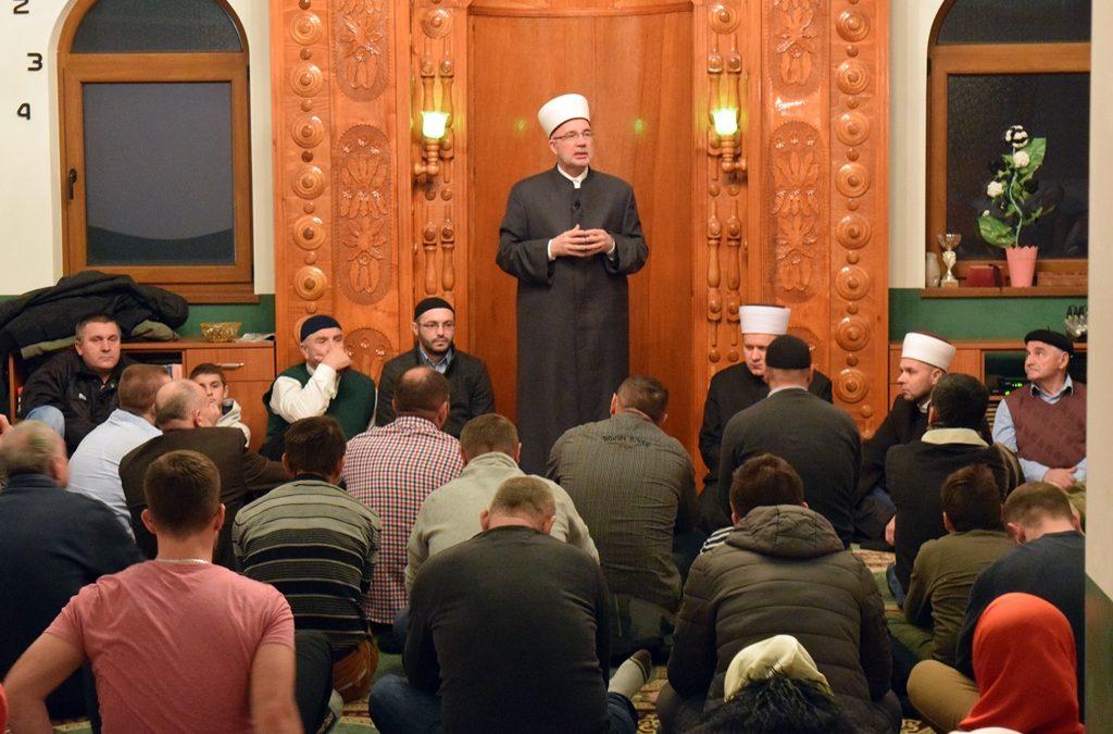 Muftija Fazlović prisusutvovao halki tefsira u džematu Međeđa, MIZ Zvornik