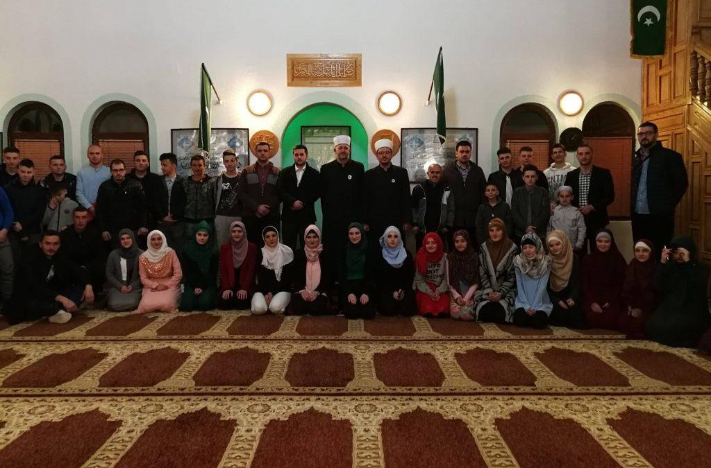 Kladanj: Druženje za mlade u Tarevu i za džematlijke u Tuholju