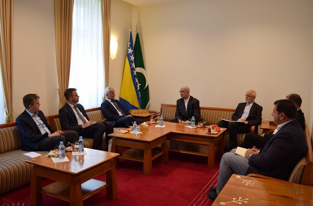 Predstavnici Uprave za vjerske poslove posjetili Muftijstvo tuzlansko