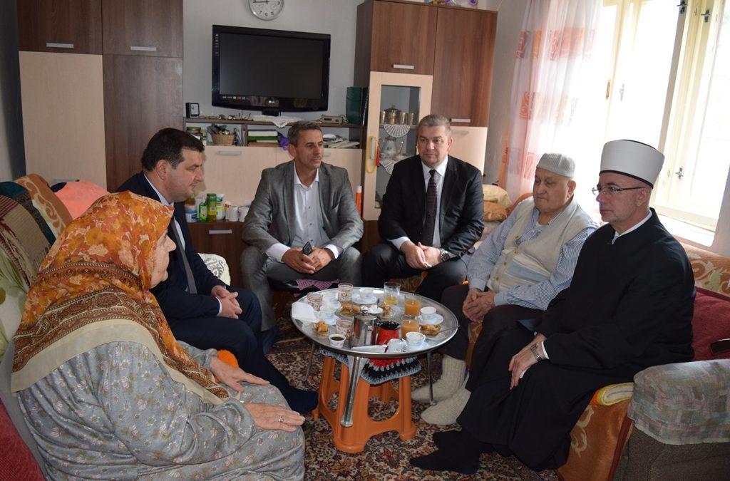 Posjeta porodicama šehida i istaknutom alimu u Čeliću