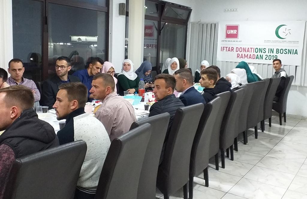 U Srebrenici iftar za mlade iz šest medžlisa