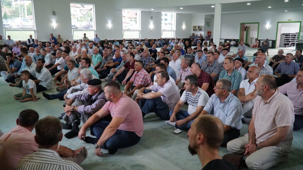Održan seminar za 296 hadžija s područja Muftiluka tuzlanskog