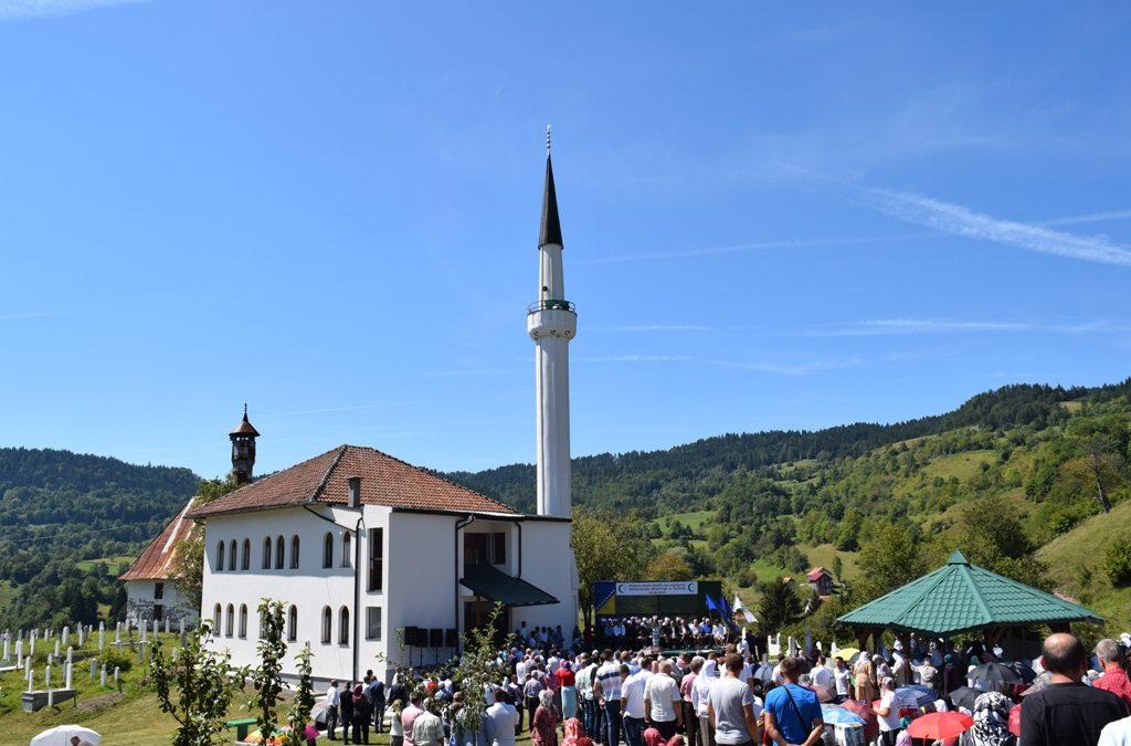 Otvorena džamija u džematu Tuholj (MIZ Kladanj)