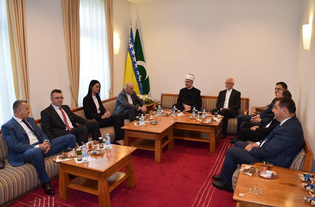 Bajramski prijem muftije tuzlanskog Vahida-ef. Fazlovića