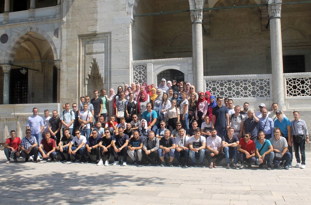 Članovi Mreže mladih Muftijstva tuzlanskog na ekskurziji u Istanbulu