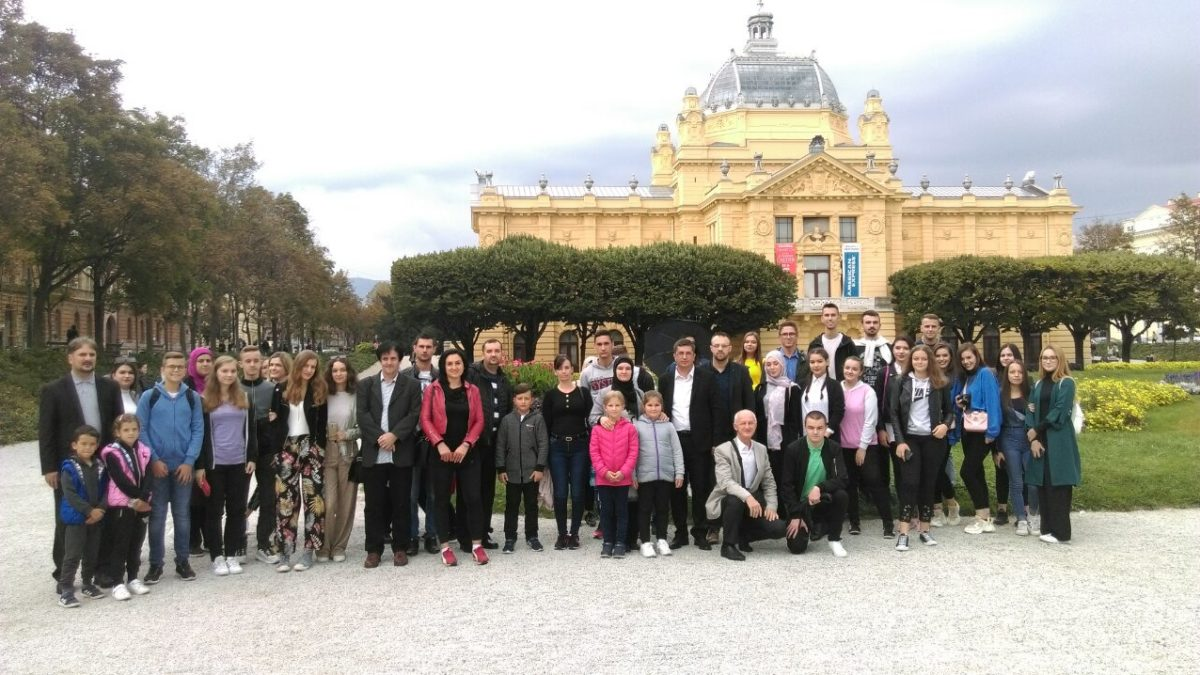 Mladi iz tuzlanskih džemata u Zagrebu