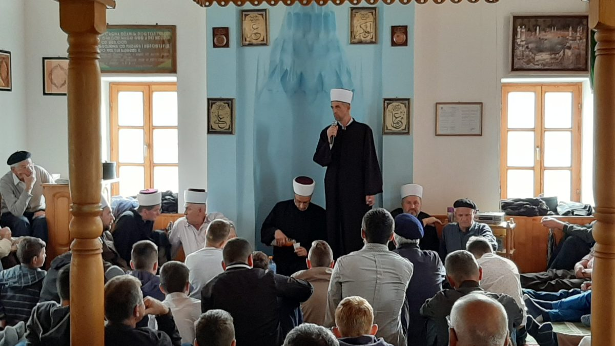 Proučen mevlud u teočanskoj džamiji Fethiji