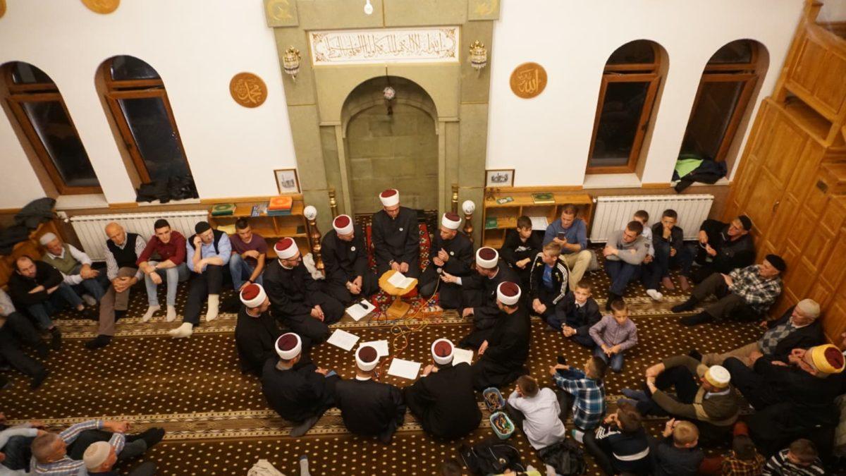 Kladanj: Centralna mevludska svečanost u Tahvilaginoj džamiji