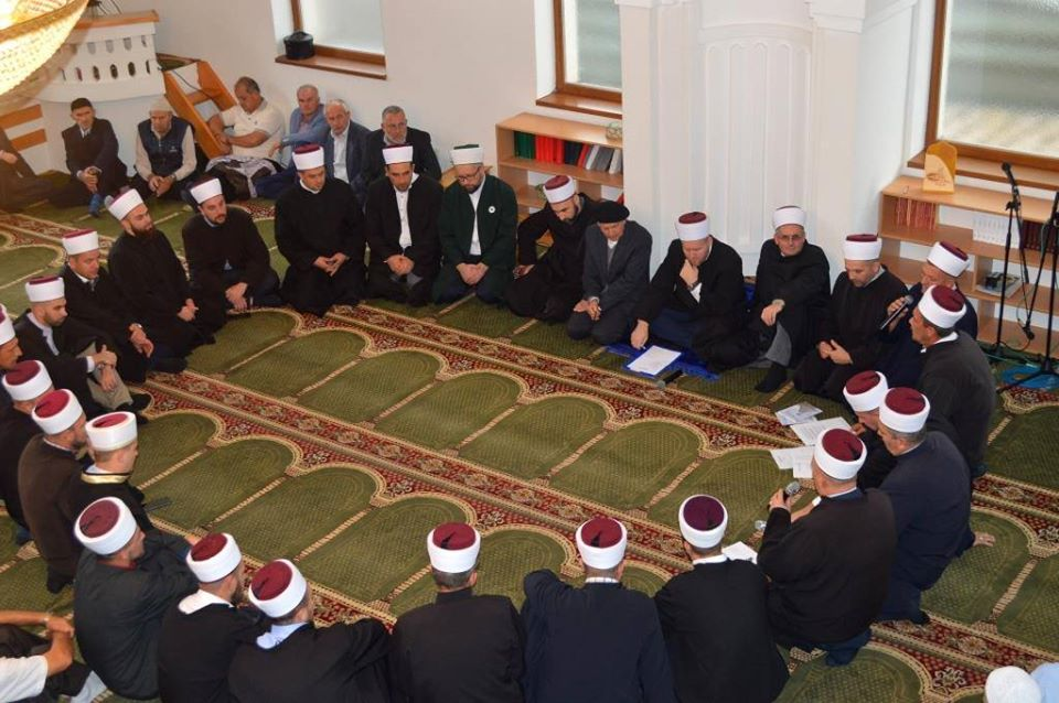 Zvornik: U Riječanskoj džamiji mevlud a u Vitinici okrugli sto