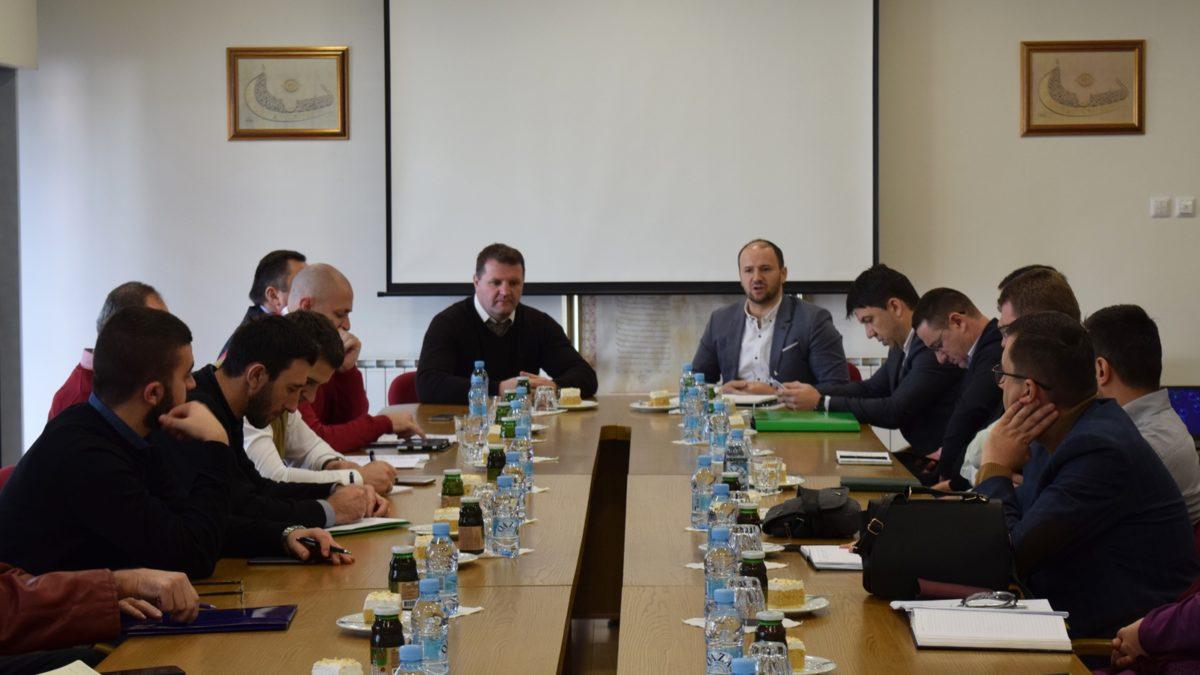 Održan seminar za sekretare medžlisa i ustanova s područja Muftiluka tuzlanskog