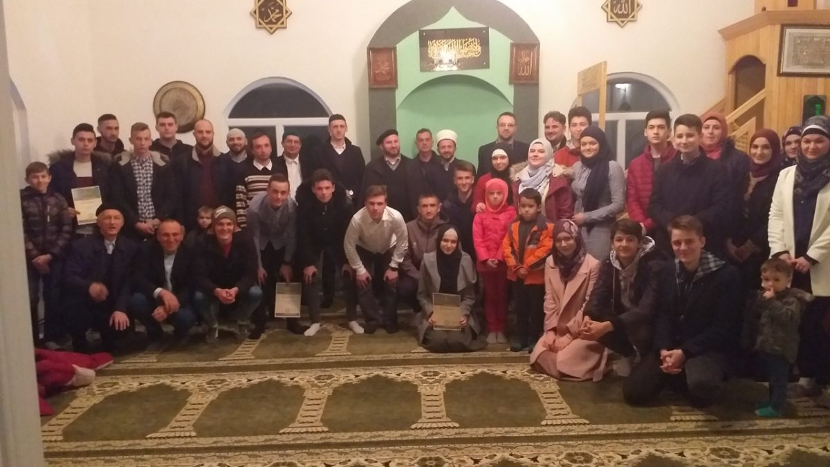 Susreti, druženja i kviz za mlade u Tuzli
