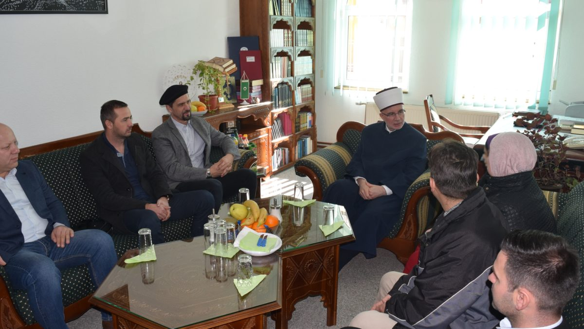 Muftija Fazlović u Srebrenici: Društvo se mora daleko snažnije okrenuti djeci i mladima
