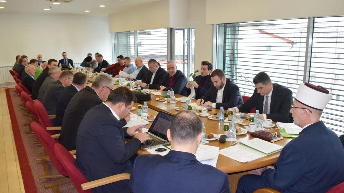 Održane sjednice Savjeta za vjerska i Savjeta za administrativna pitanja Muftijstva tuzlanskog