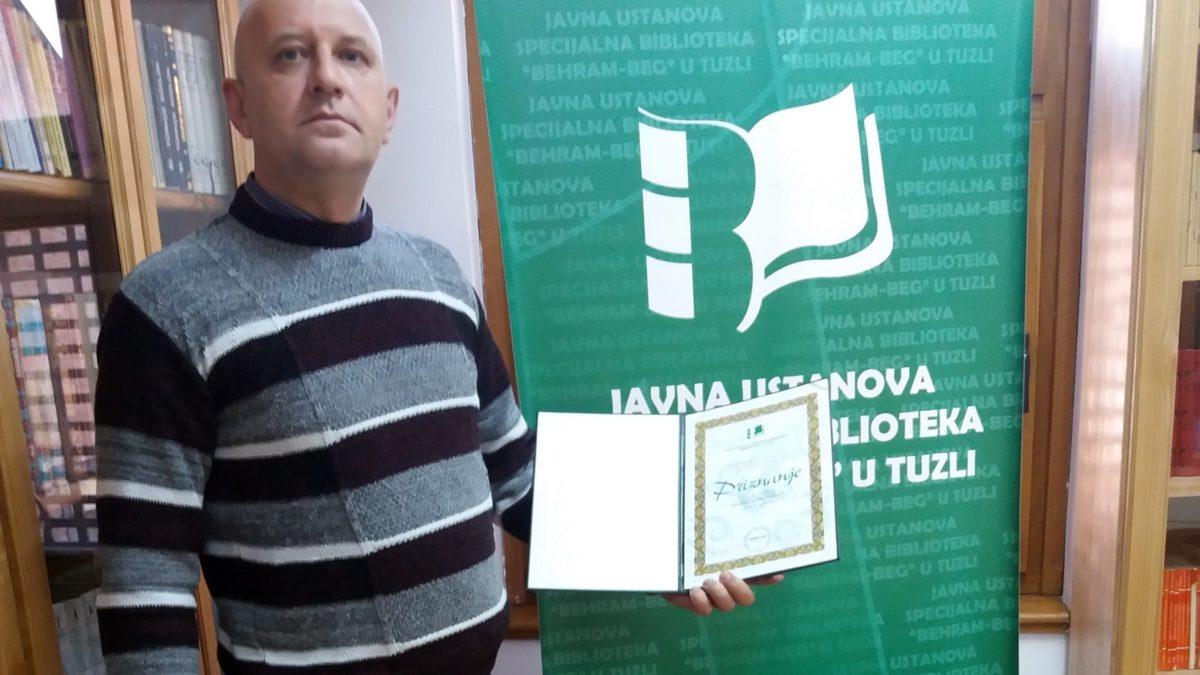 "Damir Hodžić čitalac godine Biblioteke ""Behram-beg"""