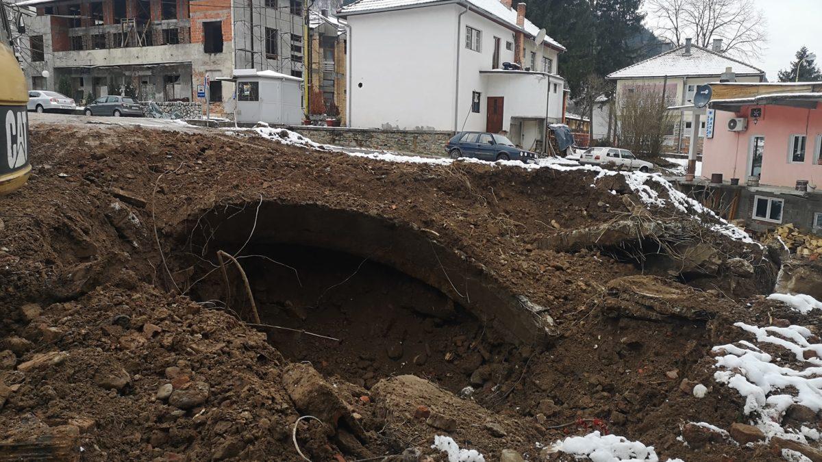 Pronađeni ostaci srušene Čaršijske džamije u Srebrenici
