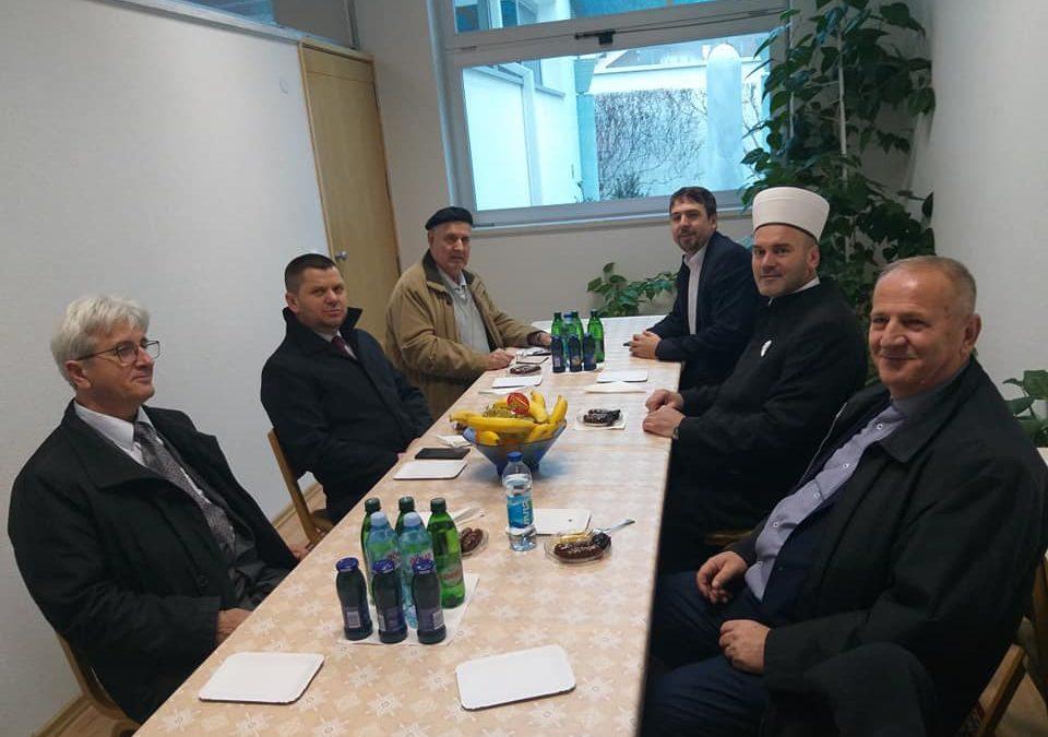 Predstavnici Vakufske direkcije i Muftijstva tuzlanskog posjetili Medžlis IZ-e Bosanski Šamac