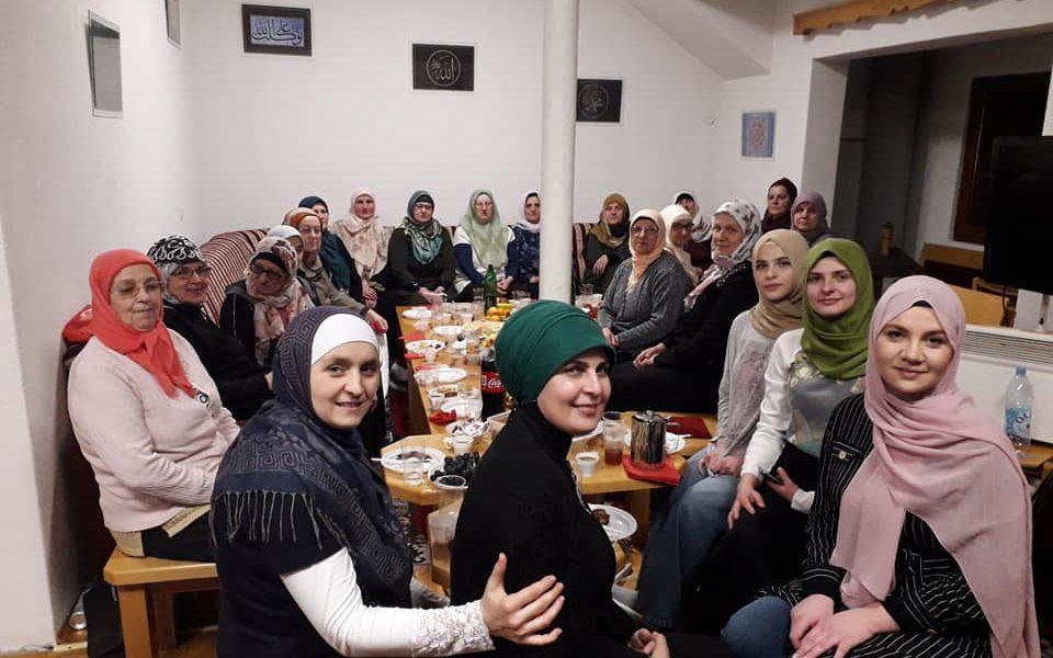 Asocijacija žena Medžlisa IZ Kalesija: Obilježena mubarek noć