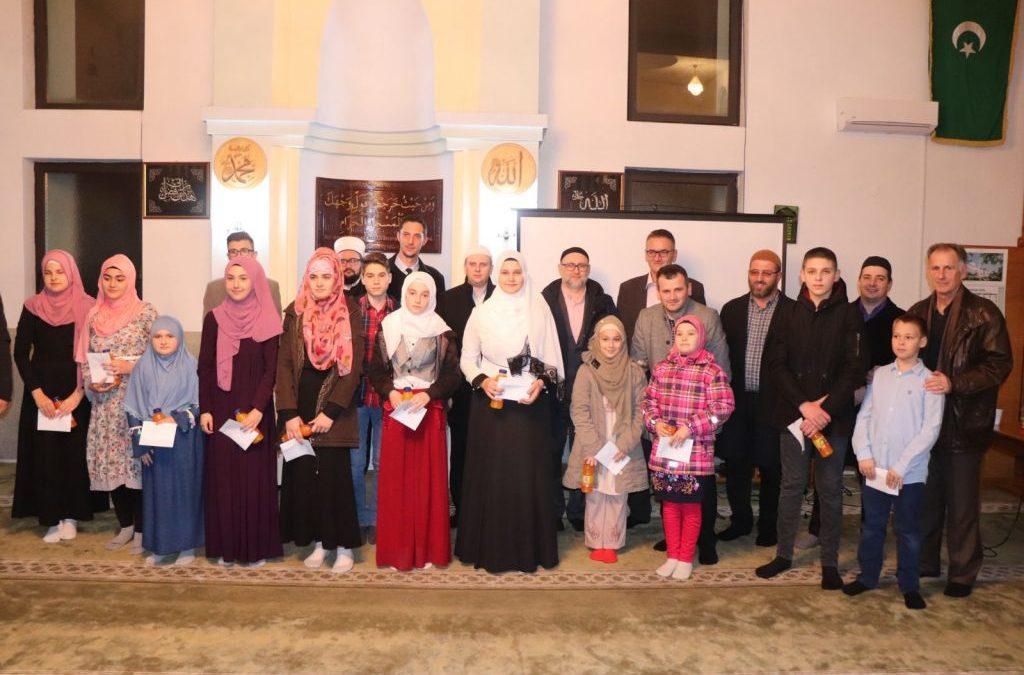 Večer Kur'ana mektebskih polaznika u džematu Živinice Gornje