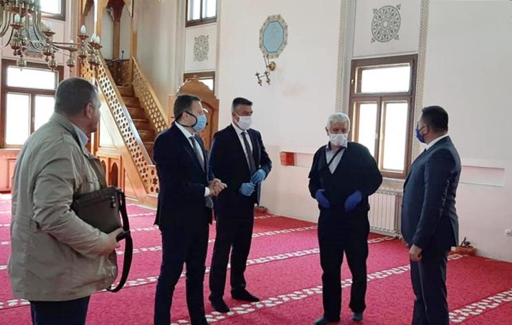Ministar Ramić i gradonačelnik Skaka posjetili Atik džamiju u Bijeljini