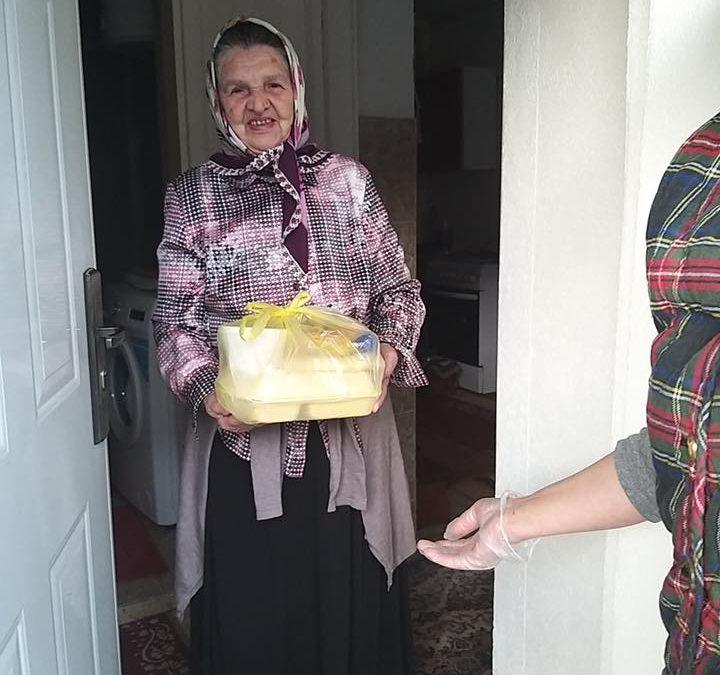 Džemat Srebrenica organizovao podjelu iftara  za starije džematlije