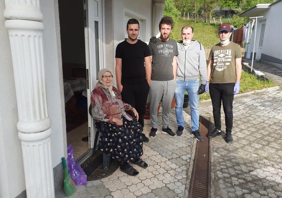 Omladima džemata Jesikovac (MIZ Teočak) posjetili šehidske porodice i starije džematlije