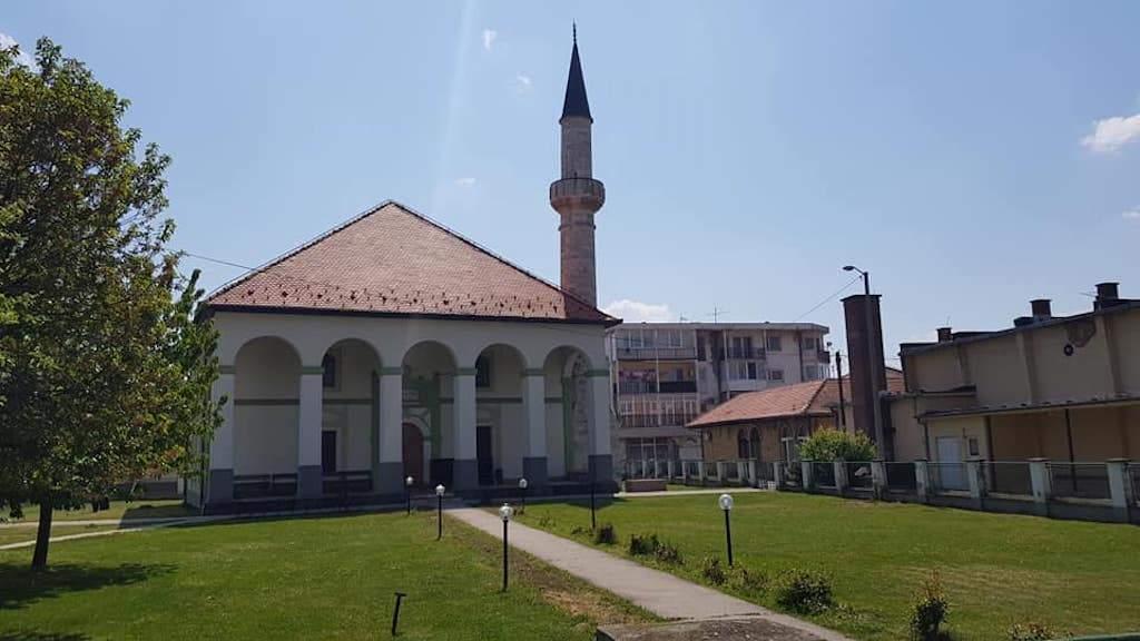MIZ Orašje: Vjerski život aktivan, ali ipak boli praznina džamijskog harema