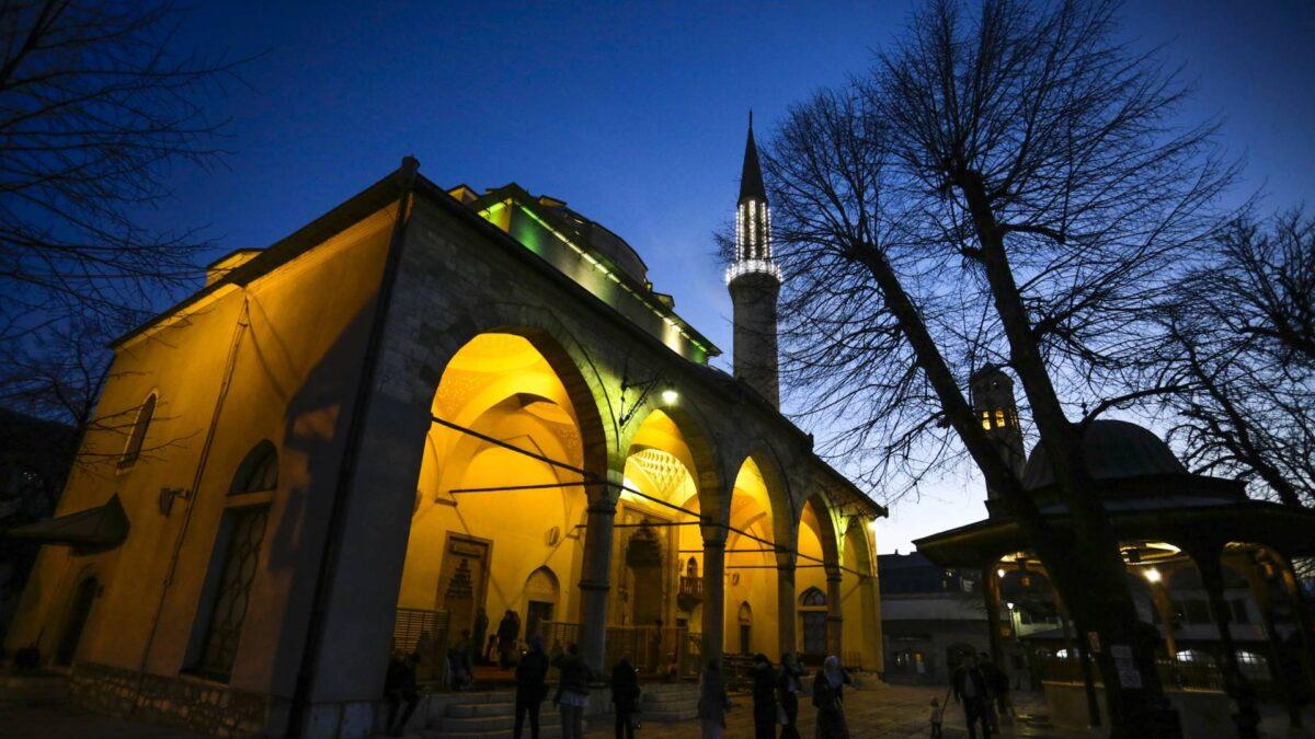 Centralna svečanost povodom mubarek noć Lejletu-l-kadr u Gazi Husrev-begovoj džamiji u Sarajevu