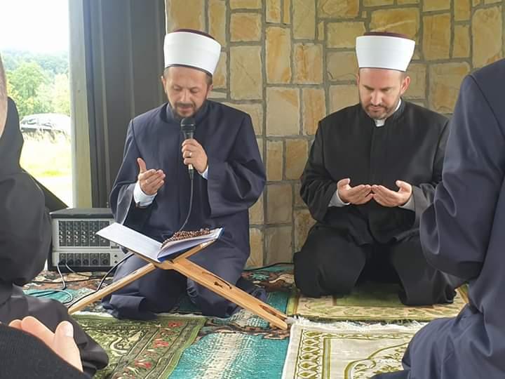 Ibadeti na musalli dovišta Taušan