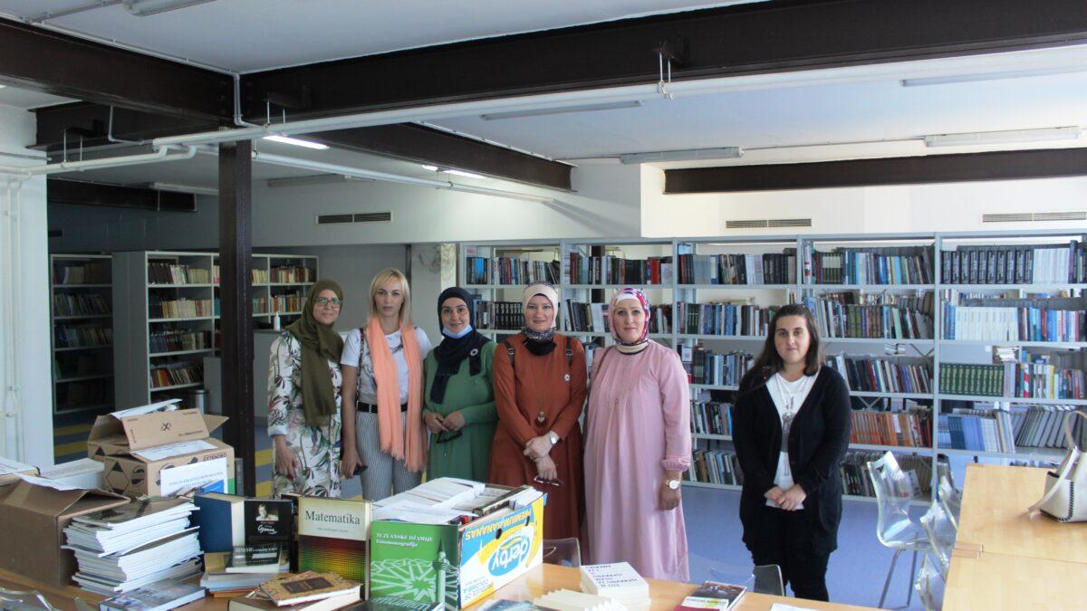 Donirane knjige biblioteci Memorijalnog centra Potočari