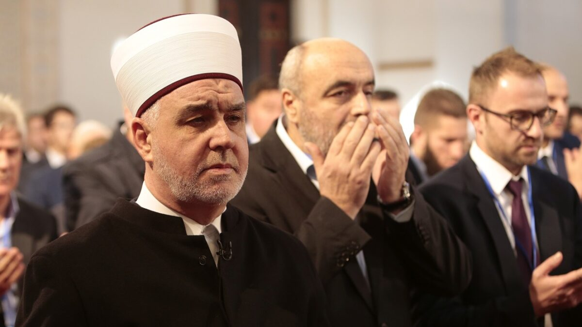 Reisu-l-ulema pozvao muslimane da poste Dan Arefata
