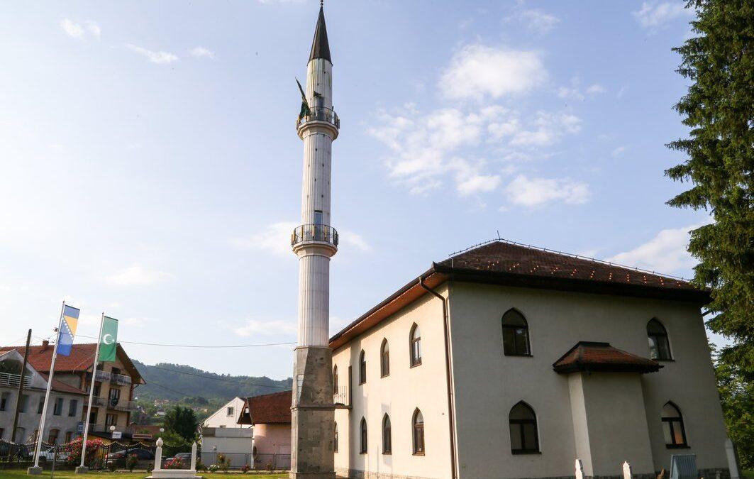 Teške provokacije prema muslimanima u Bratuncu