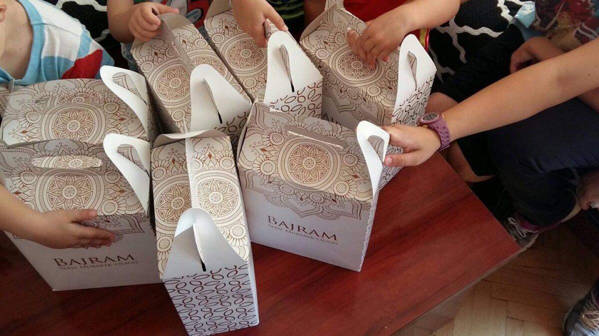 Tuzla: Bajramski paketići za djecu u sigurnoj kući