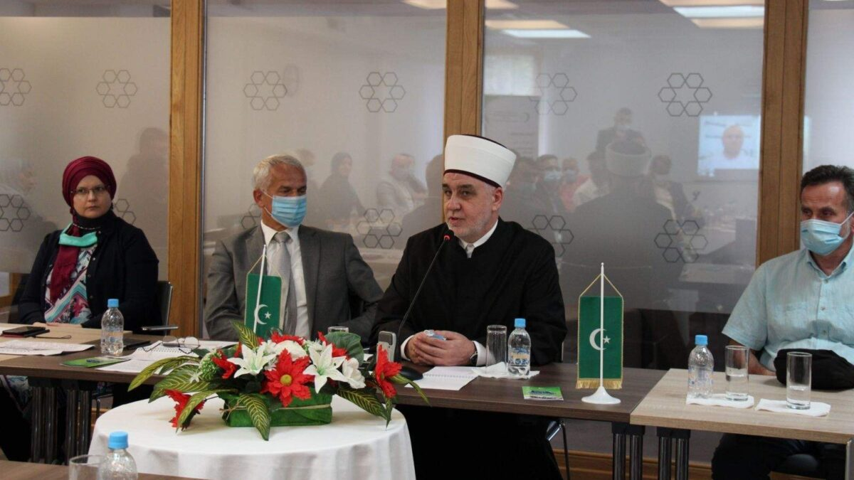 Reisul-ulema: Mekteb polaže temelje na kojima će djeca podizati svoje muslimansko i bošnjačko biće