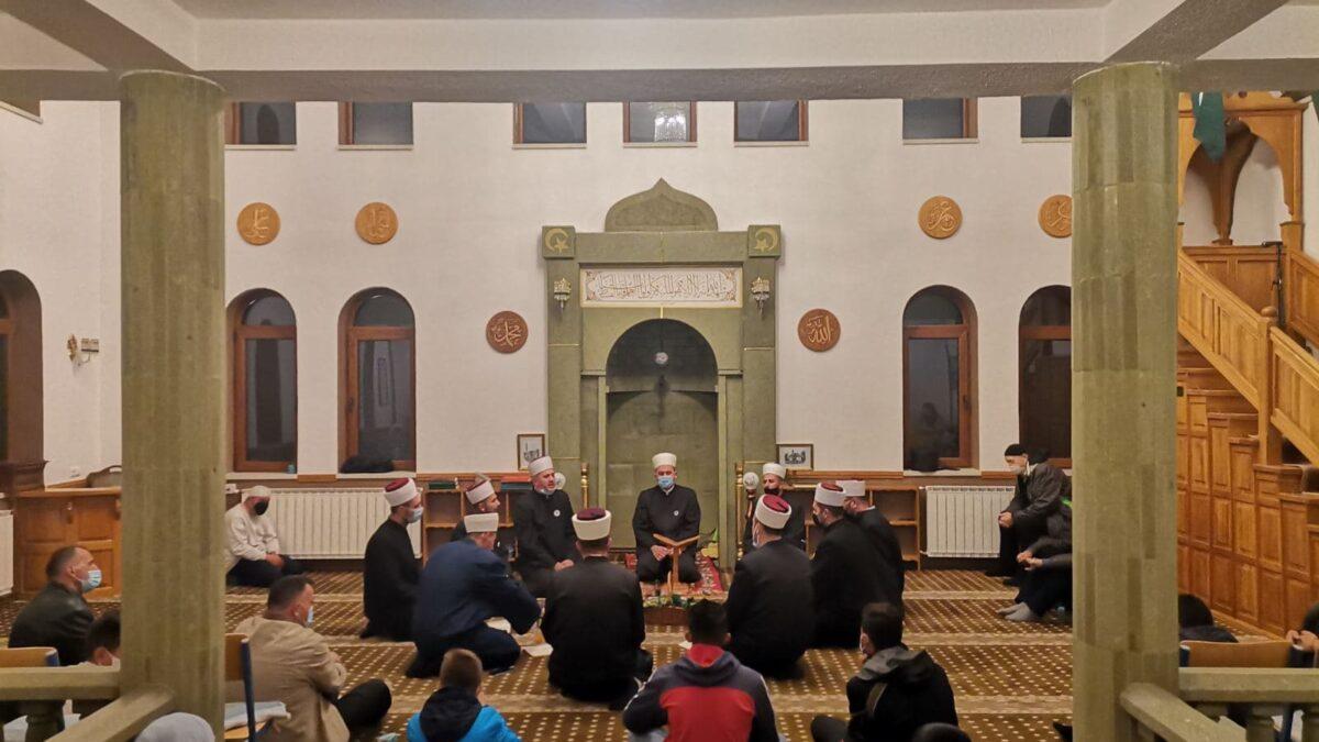 Kladanj: Centralna mevludska svečanost u Tahvil-aginoj džamiji