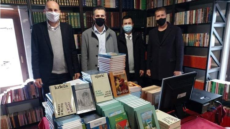 Aktivi vjeroučitelja: Banjalučkoj medresi poklonjeno 260 lektirnih naslova