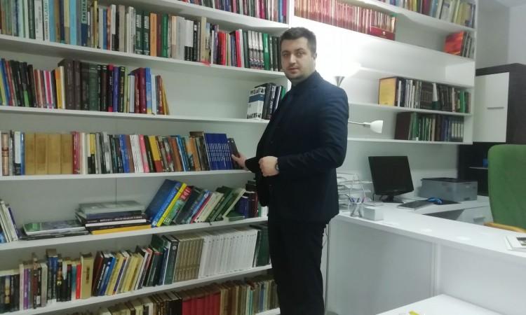 Biblioteka Atik-Savske džamije u Brčkom