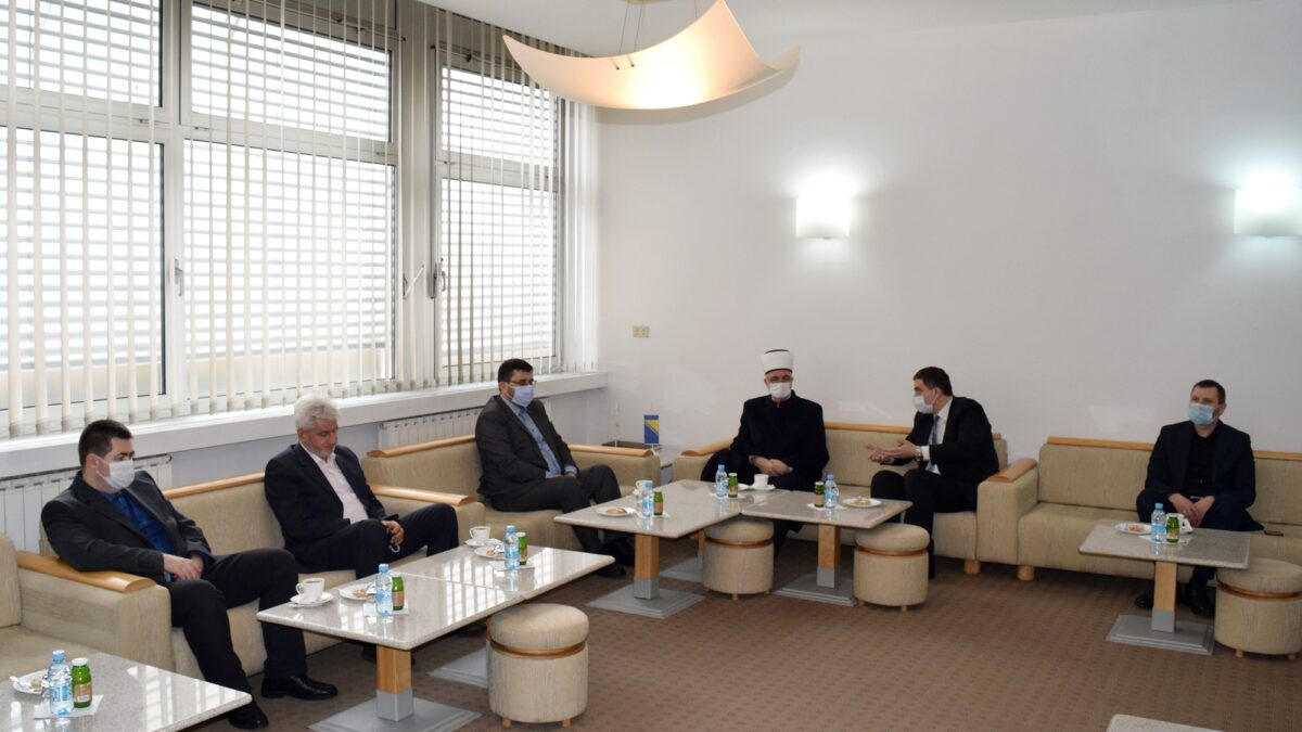 Sastanak muftije Fazlovića s rukovodstvom Behram-begove medrese