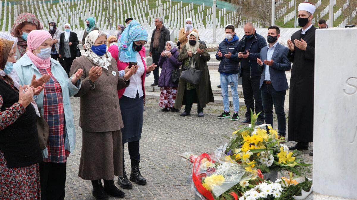 Osamnaest godina od prve dženaze u Memorijalnom centru Srebrenica-Potočari