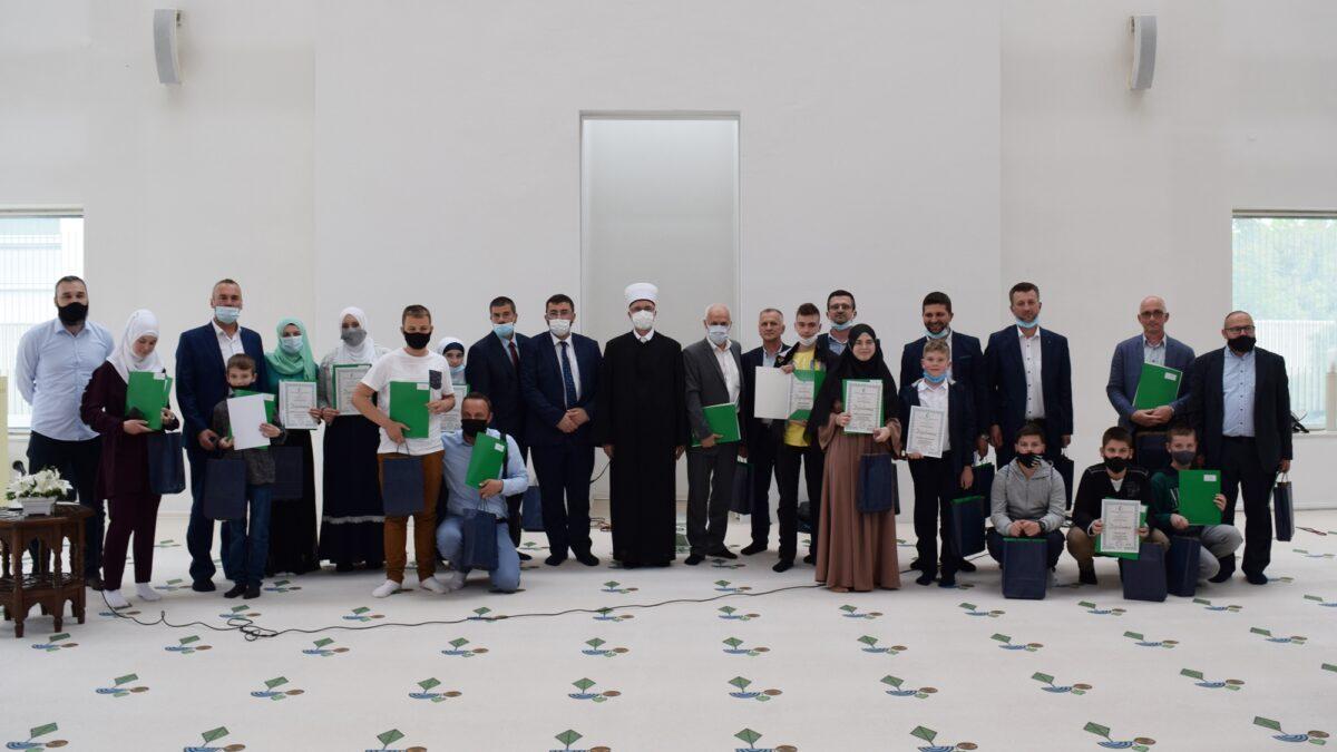 Održano mektebsko takmičenje na nivou Muftijstva tuzlanskog