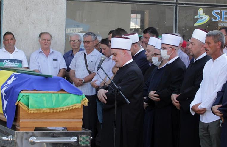 Reisul-ulema predvodio dženazu brigadnom generalu ARBiH Hazimu Šadiću