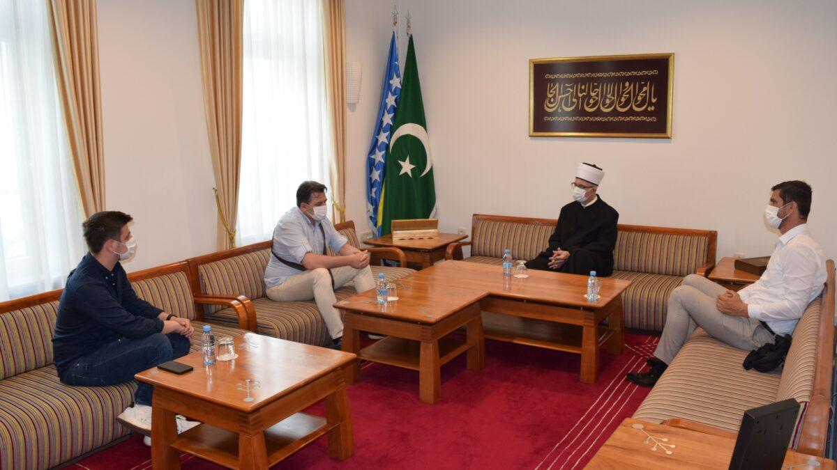 Podrška pripremi kaside o Srebrenici