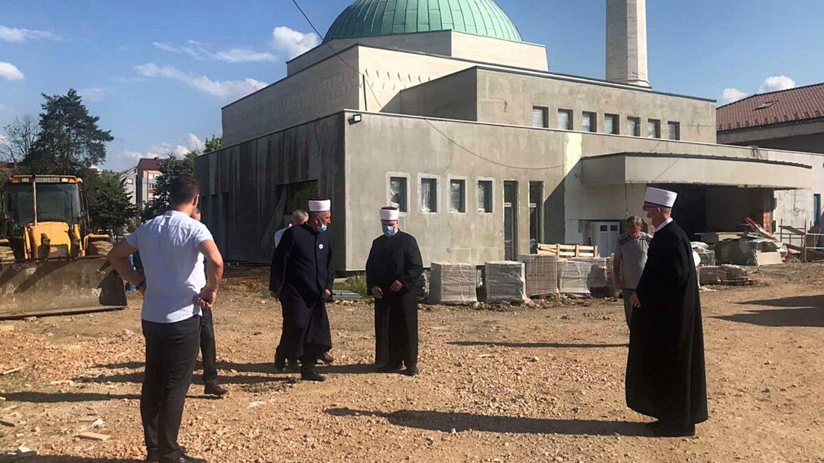 Raduje skori završetak izgradnje Islamskog centra i džamije u Lukavcu